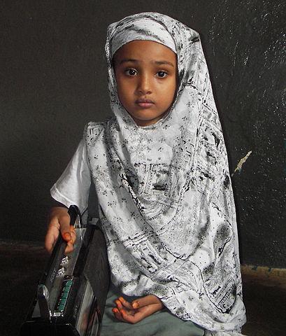 409px-Little_Somali_girl